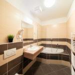 Mezonetové apartmá koupelna